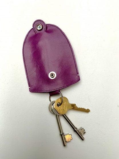 ACC24 - Bell Shaped Retro Key Holder